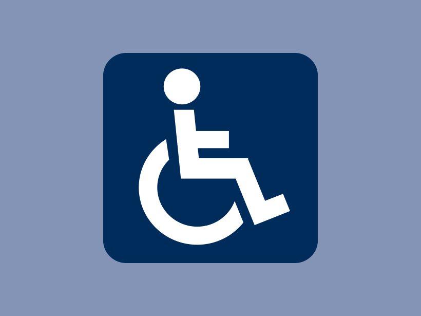 Rollstuhlfahrer Link öffnet eine vergrößerte Darstellung in einer Diashow.