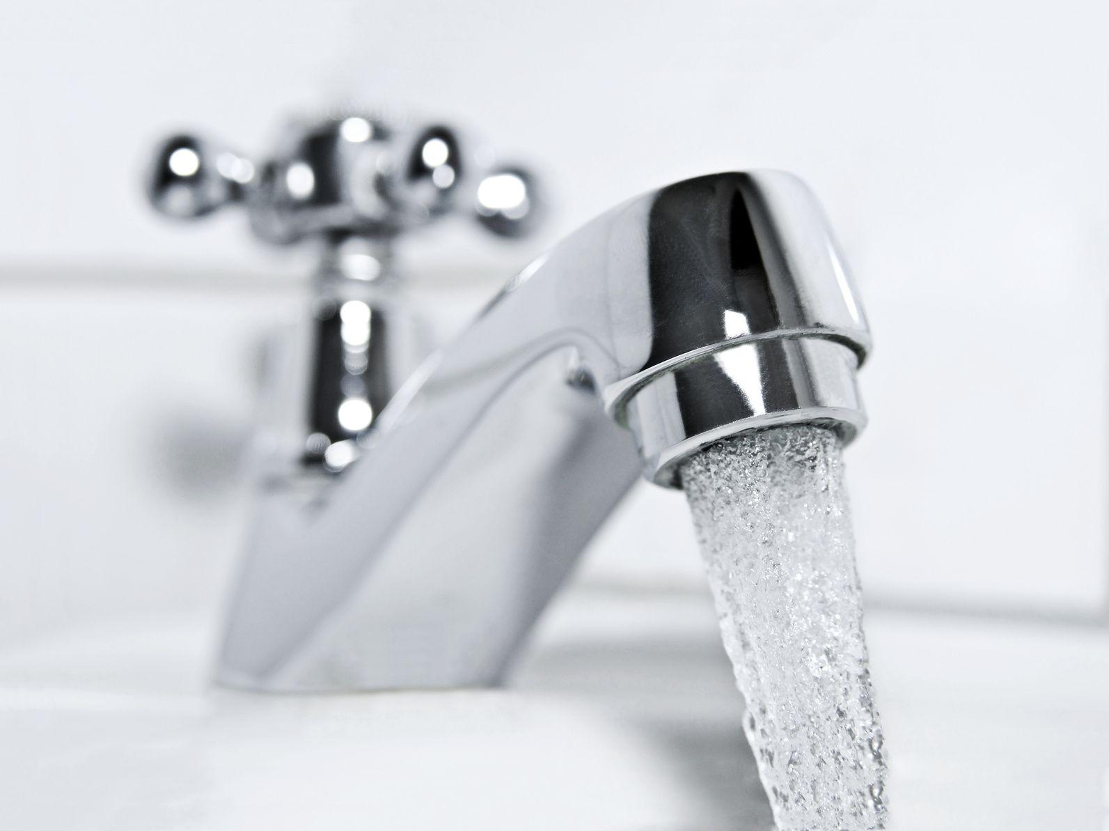 Wasser Aus Dem Hahn Trinkwasserinstallation